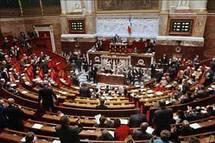 البرلمان الفرنسي يصوت على قرار بشأن صياغة مشروع قانون حظر الحجاب