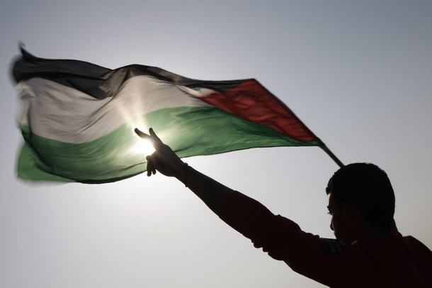 قراءة قانونية في قضية الإستيلاء على الأراضي الفلسطينية: هل باع الفلسطينيون اراضيهم؟