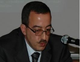 """الاقتصاد المغربي بين """"النمو"""" وإشكالية الانتقال نحو """"التنمية"""