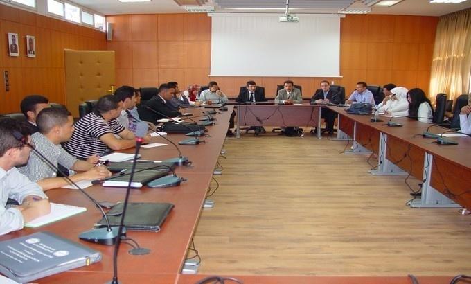 تقرير حول المائدة المستديرة المنعقدة في موضوع: العلوم الإدارية وتطور تدبير الشأن العام المغربي