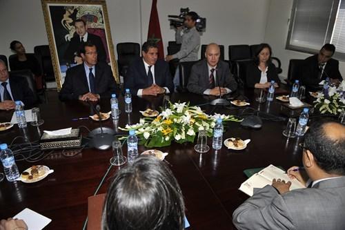 اتفاقية شراكة بين الوزارة المكلفة بالمغاربة المقيمين بالخارج والوكالة الوطنية للمحافظة العقارية لتقوية الأداء العمومي لخدمة المغاربة المقيمين بالخارج