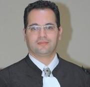 Le caractère contractuel et juridictionnel  de l'arbitrage commercial